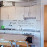 Lloguer al Berguedà, a Gironella- 2 habitacions, cuina-office, bany, balcó, parquet i ascensor-pis de 40m2-cuina-lp131
