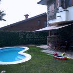 piscina-casa de 347m2i 58m2 de jardí, 4 habitacions i golfes, calefacció, garatge, llars de foc, espai lleure, bodega. Bona oportunitat al Berguedà