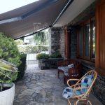 espai porxo- casa de 347m2i 58m2 de jardí, 4 habitacions i golfes, calefacció, piscina, garatge, llars de foc, espai lleure, bodega. Bona oportunitat al Berguedà