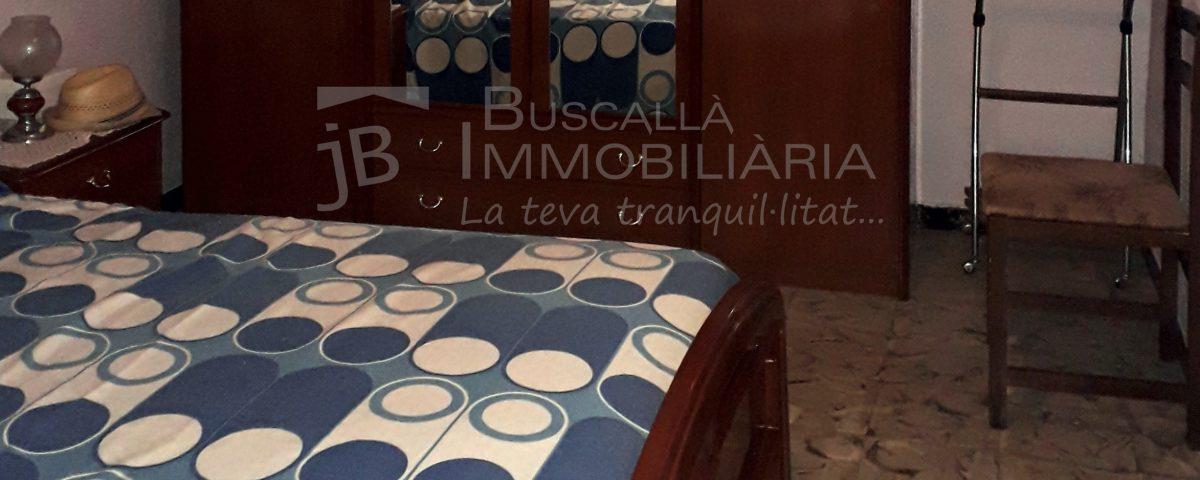 Pis de lloguer a Gironella,el Berguedà: moblat, 4 habitacions, bany, balcó, terrat-Buscallà Immobiliària: habitació 2-lp147