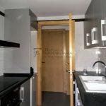 Pis en venda, per estrenar a Gironella,el Berguedà: 2 habitacions, bany, balcó, amb plaça d'aparcament-Buscallà Immobiliària: cuina porta-vp148