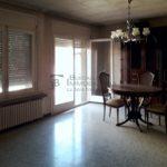 pis gran en venda a Gironella, el Berguedà: 4 habitacions, 2 banys, balcons, calefacció, ascensor, molt cèntric-menjador-vp152