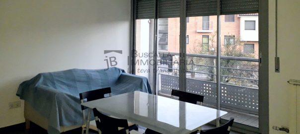 Pis en venda, per estrenar a Gironella,el Berguedà: 2 habitacions, bany, balcó, amb plaça d'aparcament-Buscallà Immobiliària: menjador 1-lp148