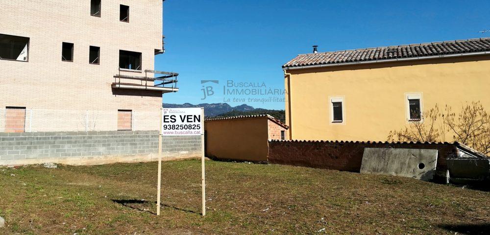 A Gironella terreny urbà zona Cal Bassacs en venda. Edificable -vista carrer-vt156