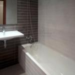 pis en venda nou per estrenar a Gironella, El Berguedà. 3 hbitacions, 2 banys, terrassa, parquet i calefacció-bany-vp113