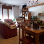 casa dues plantes i baixos en venda al Berguedà-menjador-Buscallà immobiliària-vc162