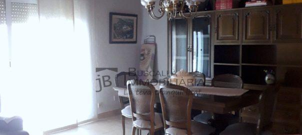 Es lloga pis moblat a Gironella, el Berguedà, totalment equipat, molt lluminós, amb 3 habitacions-Buscallà Immobiliària-lp167