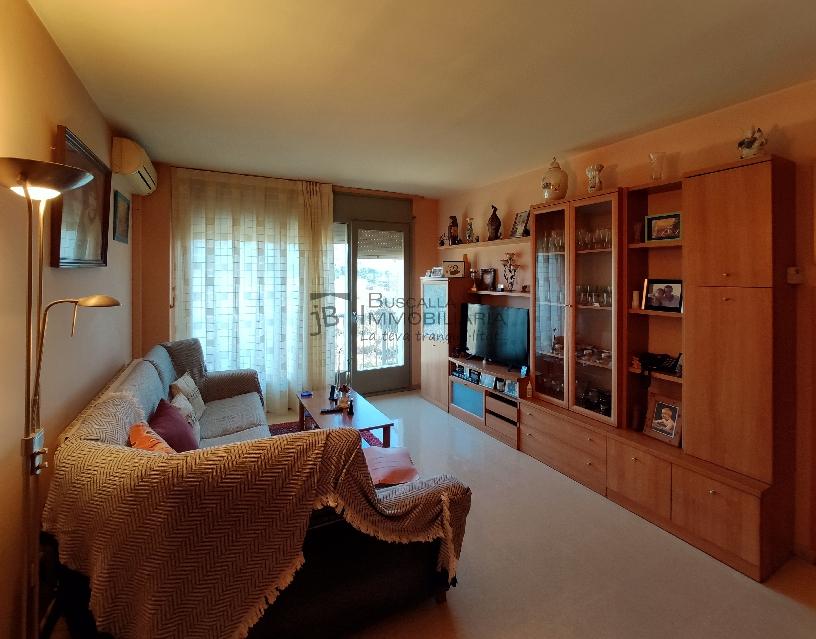 Pis molt lluminós al Berguedà-mobles estar-Buscallà Immobiliària-vp170