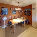 Pis en venda al Berguedà-taula menjador-Buscallà Immobiliària-vp170