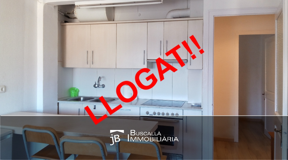 El Berguedà Gironella pis lloguer 40m2 ideal 1 persona-cuina-office-Buscallà