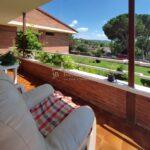 xalet casa en urbanització al Berguedà-porxo vistes-Buscalla Immobiliària-185vc
