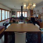xalet casa en urbanització al Berguedà-taula menjador-Buscalla Immobiliària-185vc