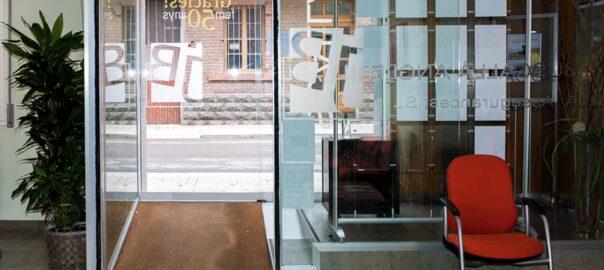 Reduim aforament: demana cita prèvia- Buscallà Assessoria Assegurances Immobiliària al Berguedà
