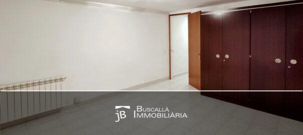lloguer pis cèntric a Gironella-habitació armari-Buscallà Immobiliària al Berguedà-187lp