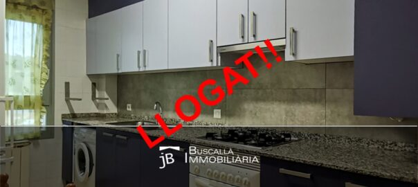 Pis moblat lloguer Berguedà-magnific-cuina finestra-Buscallà Immobiliària-188lp