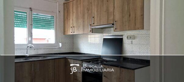 Lloguer pis a Puig-reig Berguedà cuina finstra-193lp