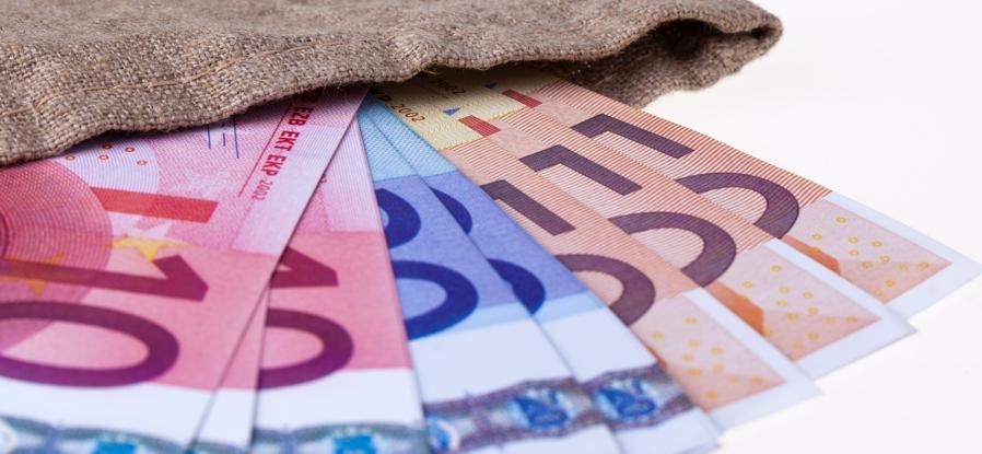 Pagament en efectiu - limitacions- Buscallà assessoria al Berguedà