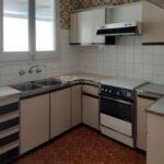 Venda pis per reformar al Berguedà-cuina-198vp